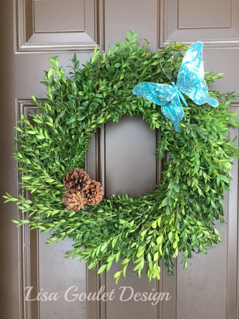 Exterior christmas wreath with turquoise accents