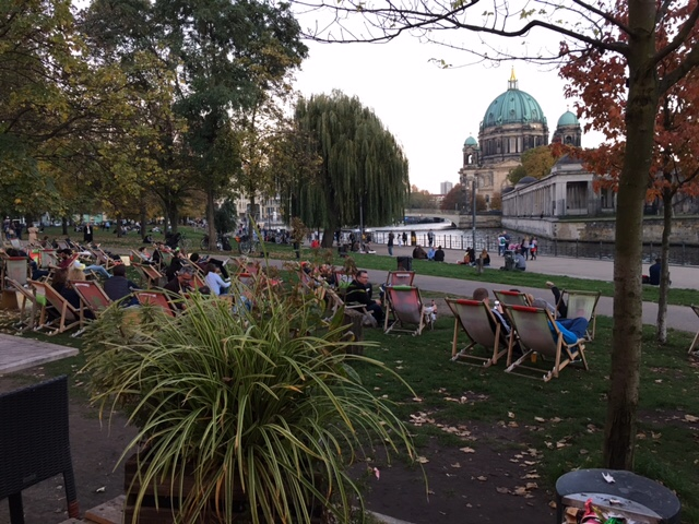bar on the banks of the Spree river