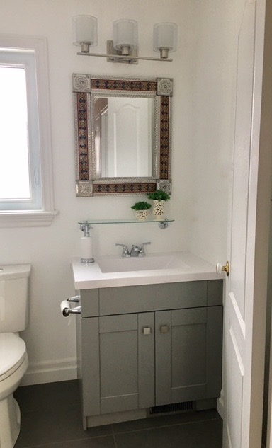 bright and fresh guest bath