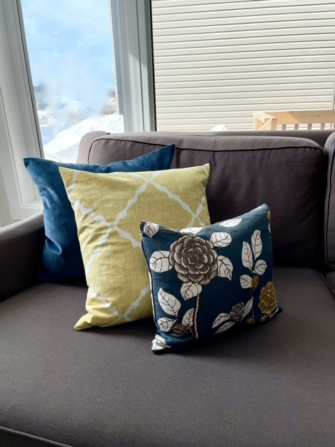 Coordinating fabrics for throw pillows